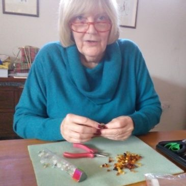 Halina Szutowicz, jewellery repairer